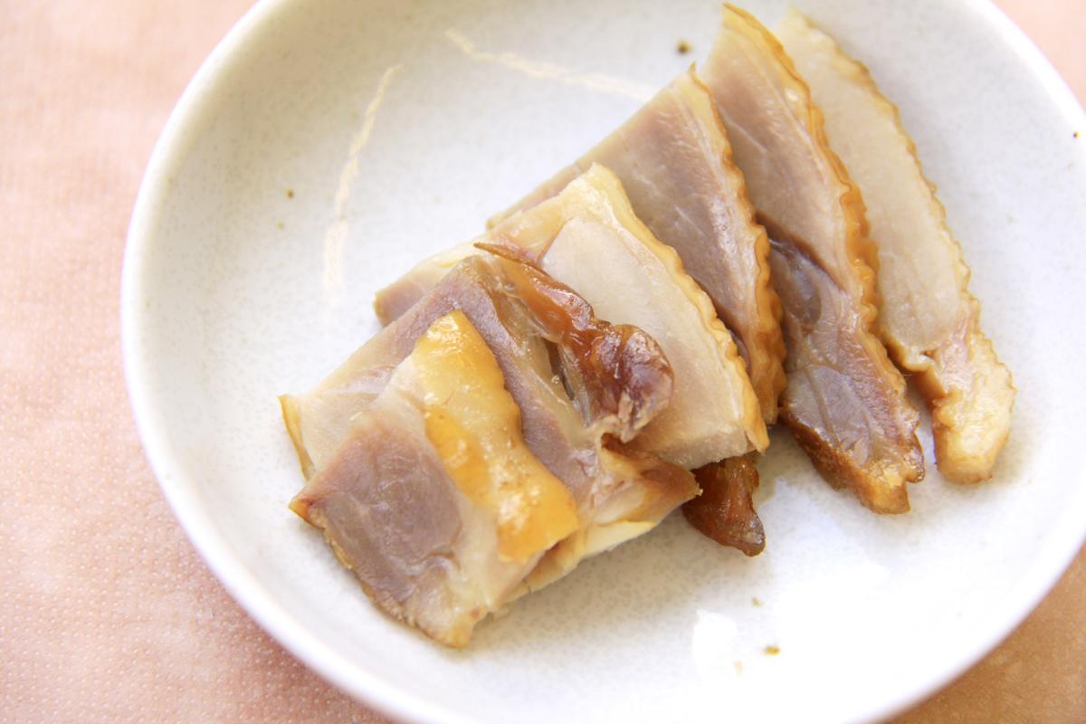 やまがた地鶏燻製スモークチキン(もも)|おぐに地鶏フーズ