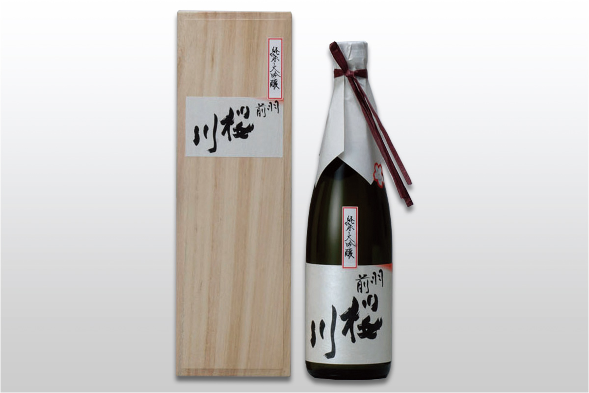 羽前桜川 純米大吟醸 720ml